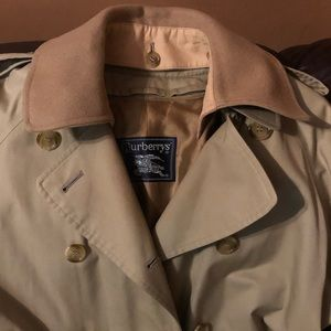 Burberry's Vintage Trench Coat Women's size 12XL